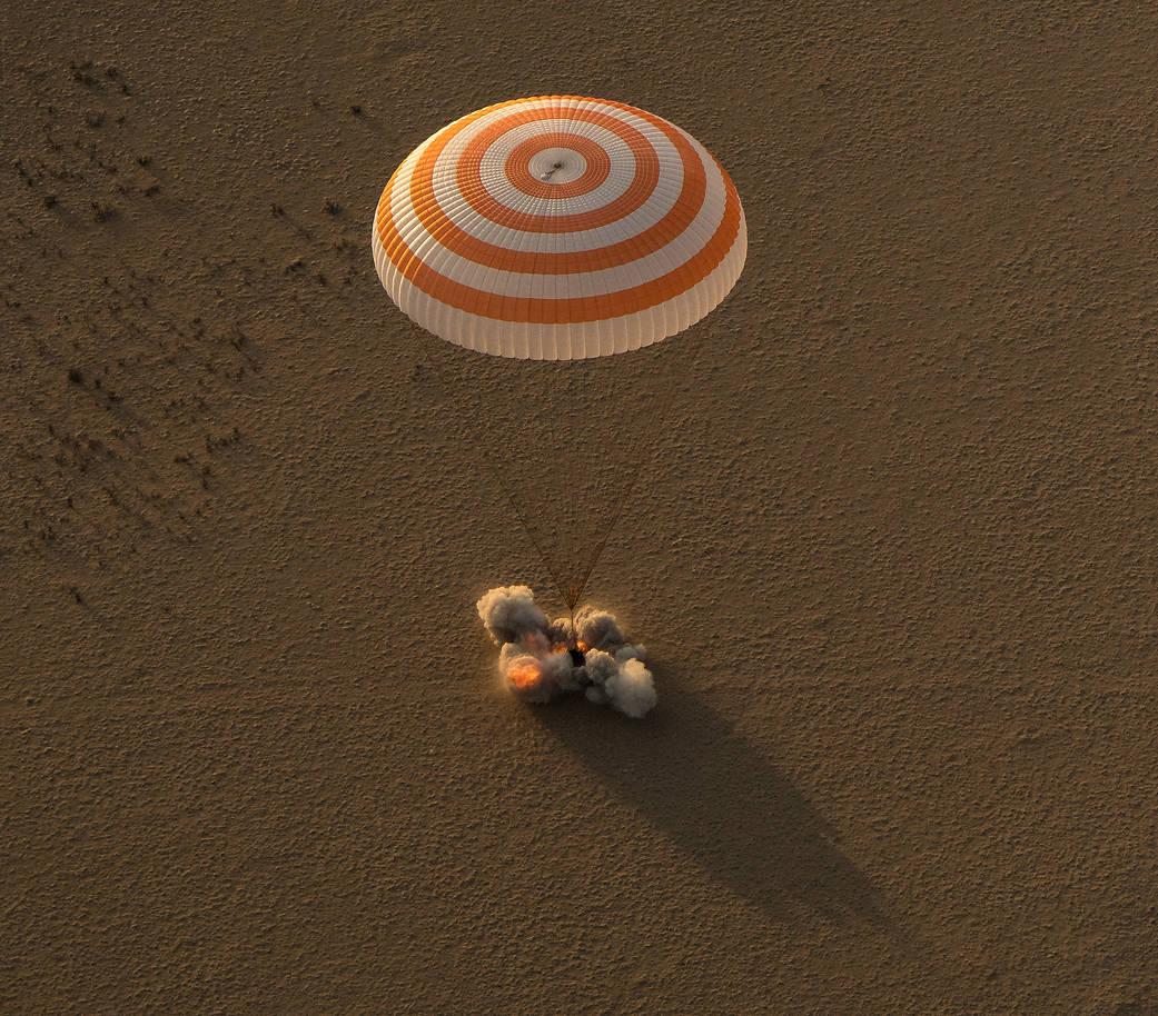 Soyuz MS-16 Landing