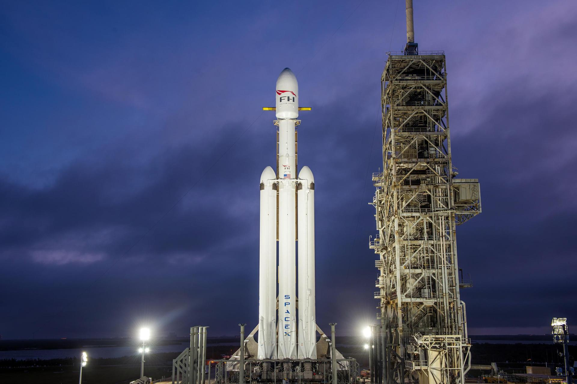 Falcon Heavy | USSF-52